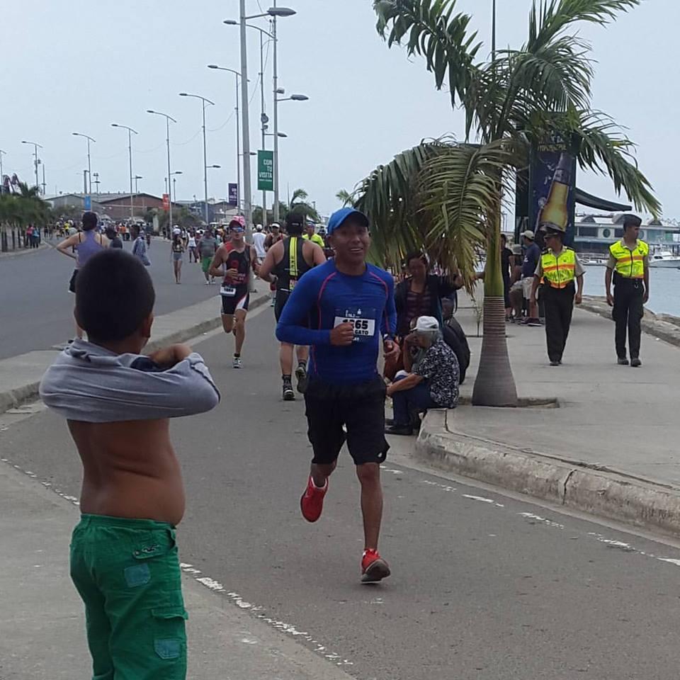 José en plein effort lors du semi-marathon de l'Ironman de Manta