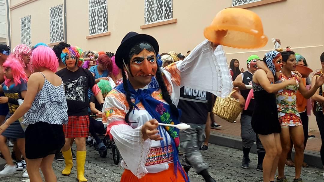 Les fêtes et jours fériés d'Équateur 1