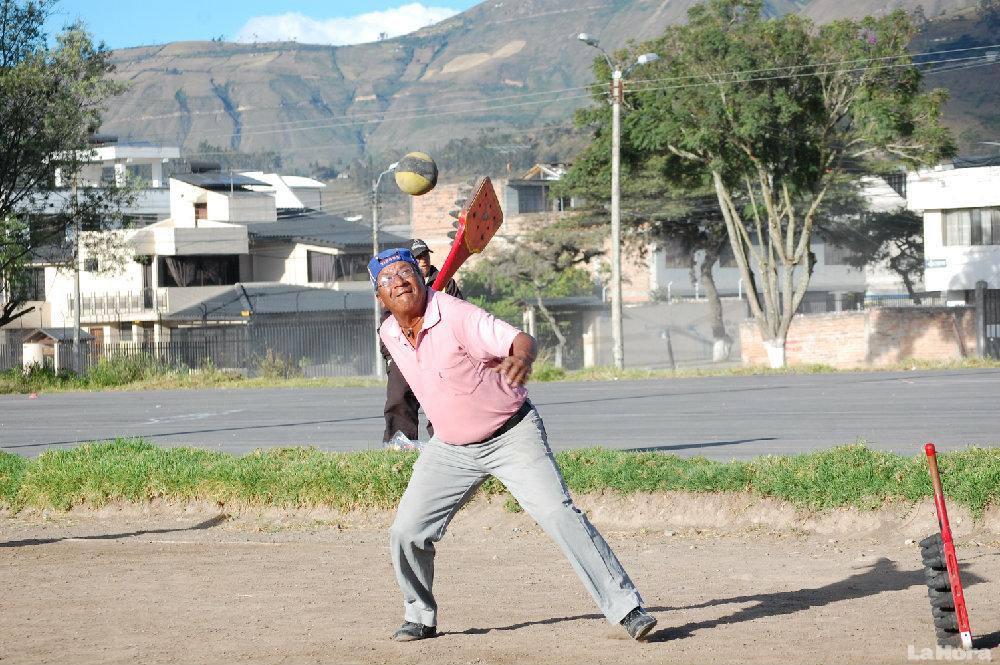 La Pelota Nacional, ce sport si typiquement équatorien!