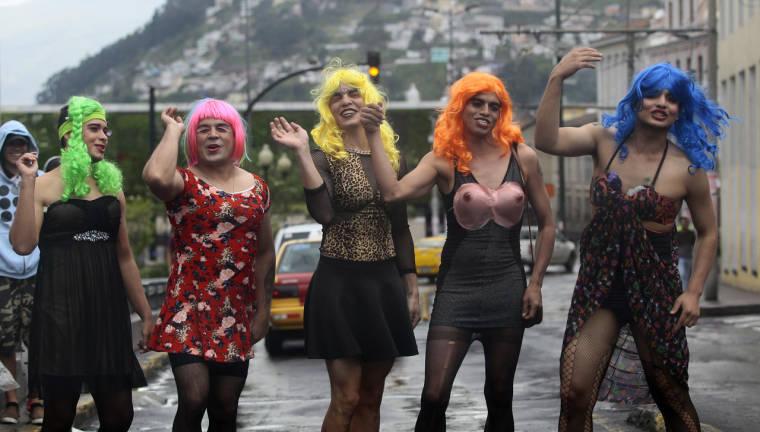 Les viudas, tradition fin d'année en Équateur