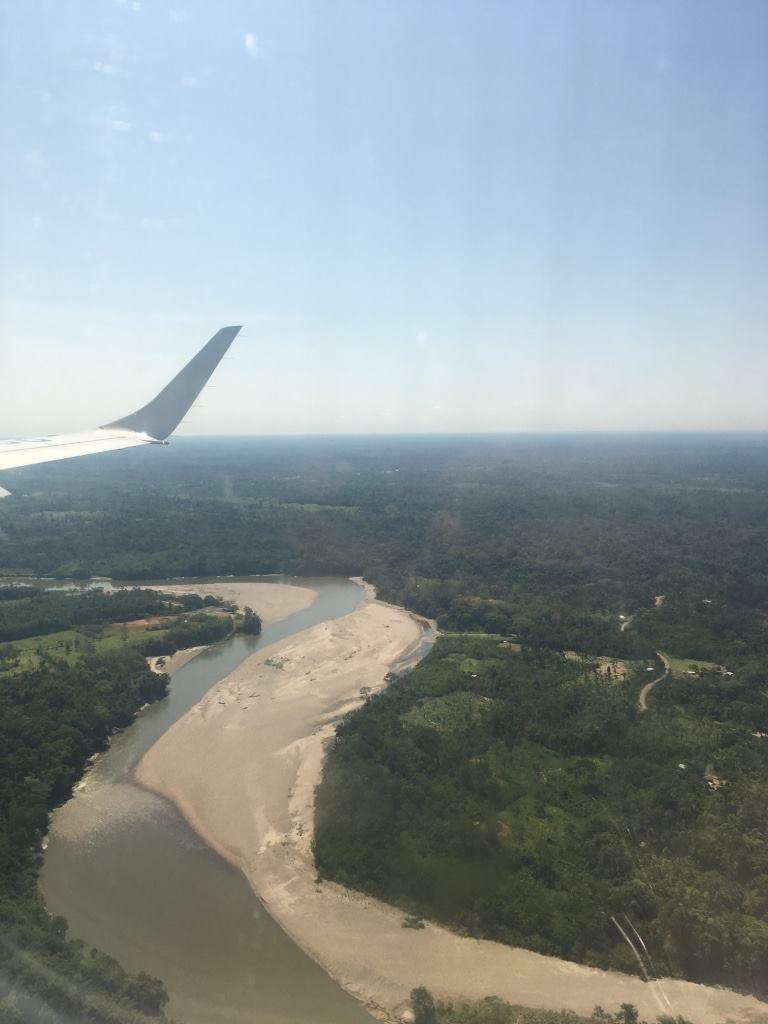 Avion, Quito, Avion, forêt, Amazonie, transfert , arrivée à l'aéroport de Lago Agrio