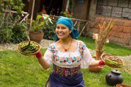 Kawsaymi - Claudia nous ouvre les portes de sa communauté pour une rencontre culturelle et gastronomique authentique.