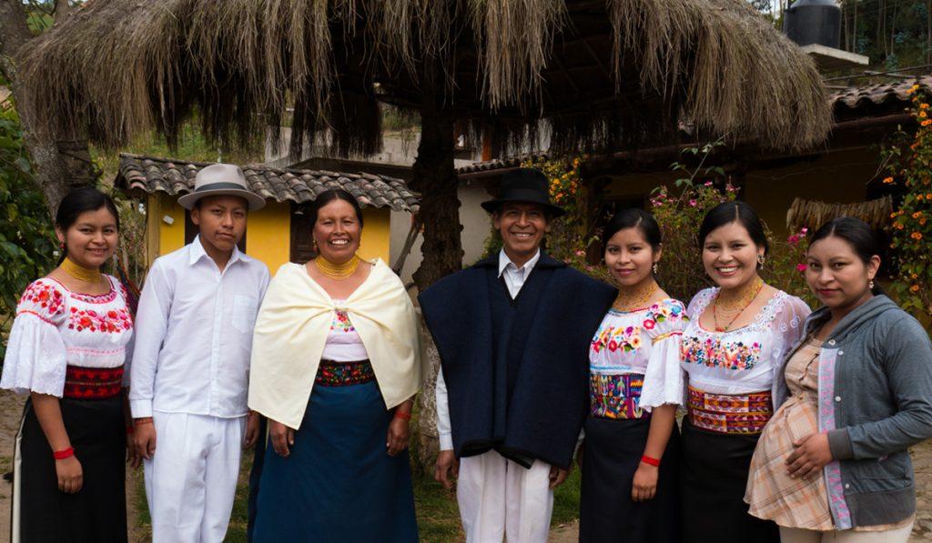 La grande famille Fuerez Anrango, à l'origine de l'initiative culturelle Kawsaymi