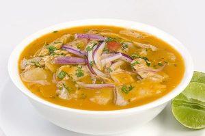 Encebollado, soupe de poisson d'Équateur