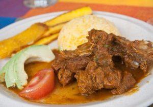Seco de chivo plat équatorien