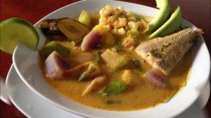 Viche de poisson, plat typique de la cuisine d'Équateur