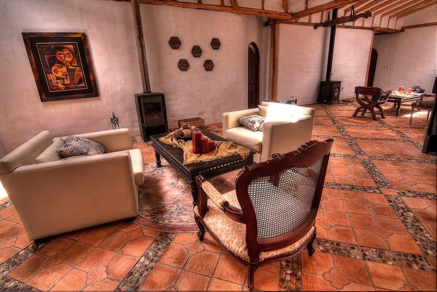 Hôtel Hacienda Los Mortiños, Parc Cotopaxi, Equateur, salon social commun