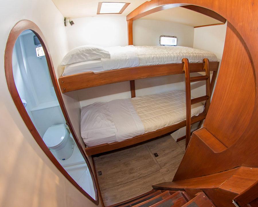 Croisière Galapagos Nemo II, cabine lits superposés