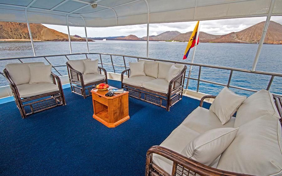 Croisière Galapagos Yolita, salon extérieur