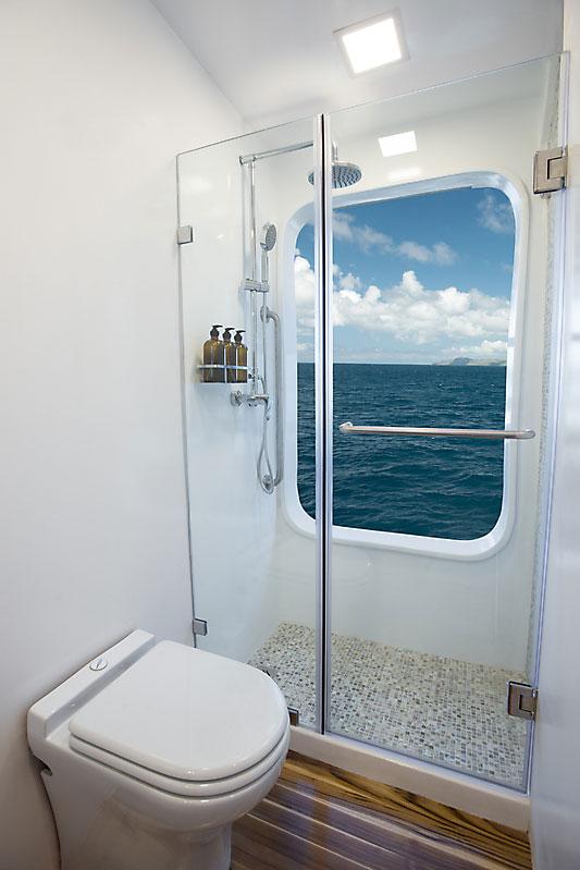 Croisière Origin Galapagos, salle de bain