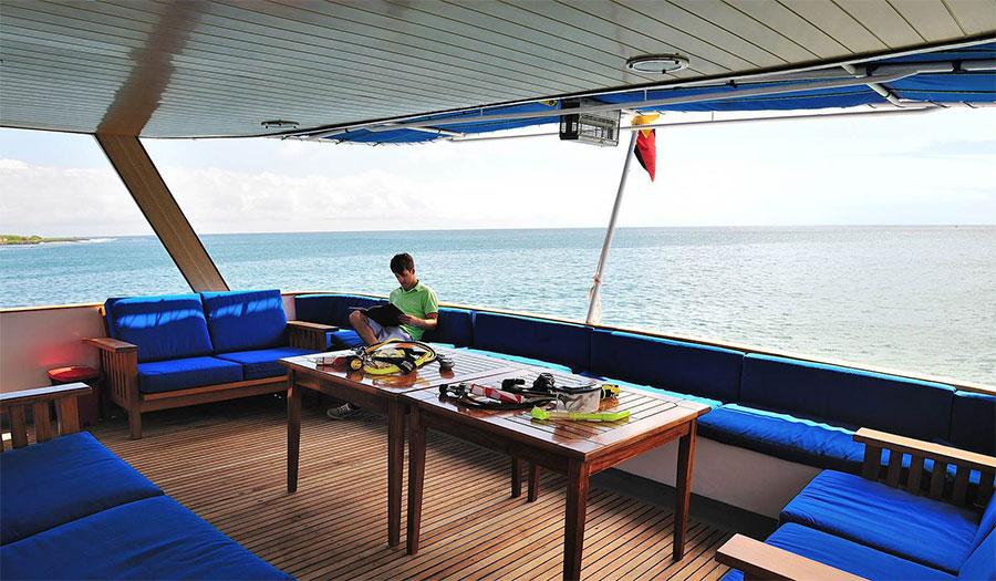 Croisière plongée Galapagos Aggressor, terrasse