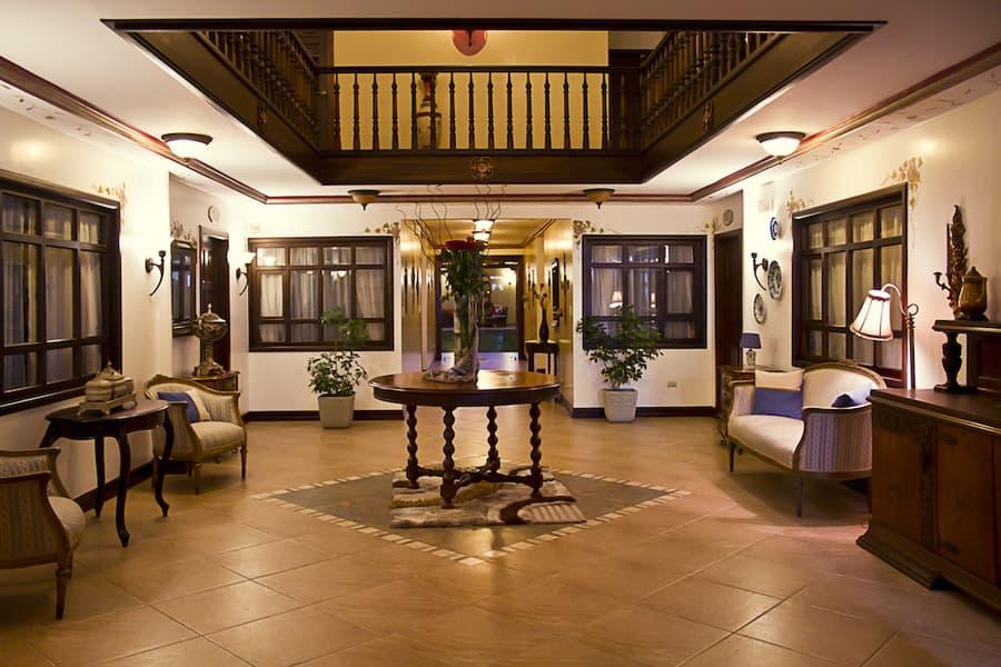 Hôtel San Juan, à Cuenca, Equateur, hall d'accueil et réception