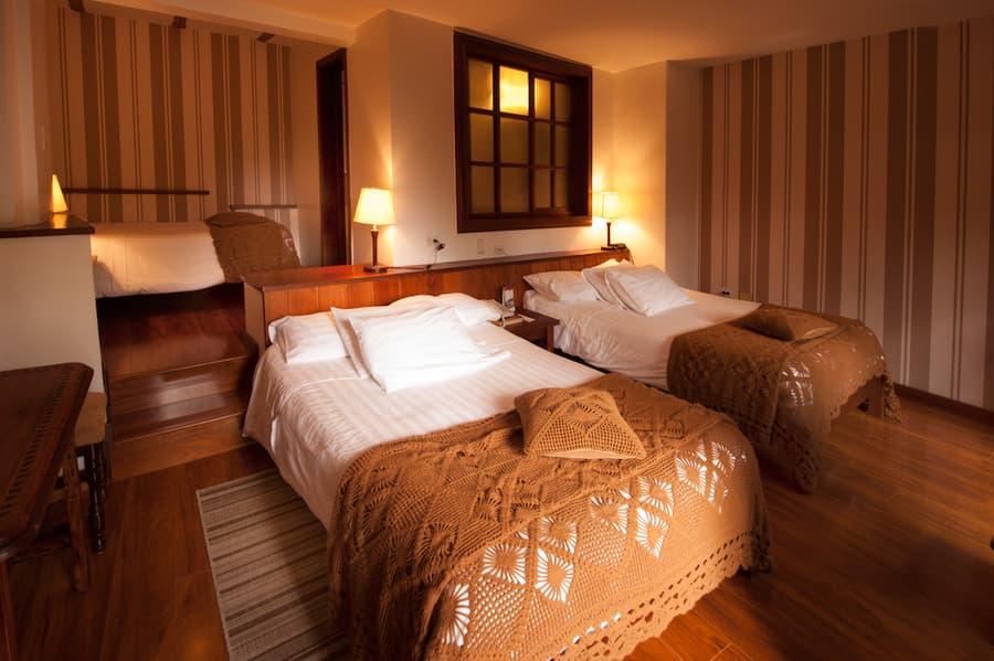 Hôtel Victoria, à Cuenca, Equateur, chambre double lits jumeaux