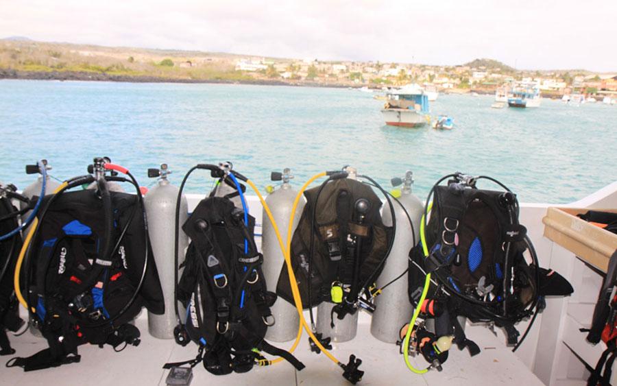 Croisière plongée Galapagos Humboldt, équipement