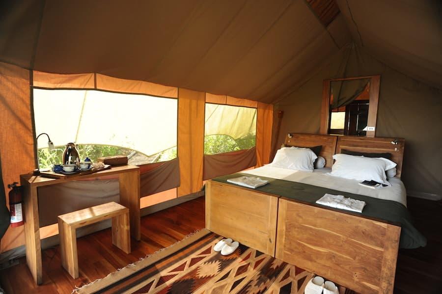 Lodge Safari Camp, Île Santa Cruz, Galapagos, Equateur, Intérieur d'une tente de luxe