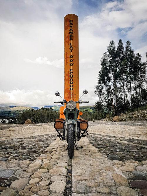 Voyage en Équateur, Mitd del Mundo