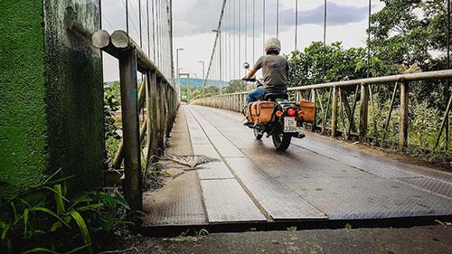 Tour moto en Equateur, pont