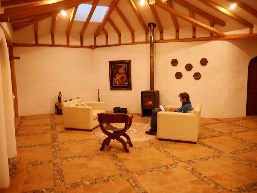 Hôtel Hacienda Los Mortiños, Parc Cotopaxi, Equateur, salon de repos