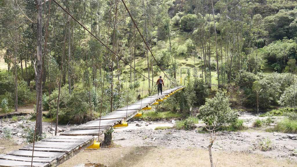 Trekking en Equateur: rivière vers Chugchilan