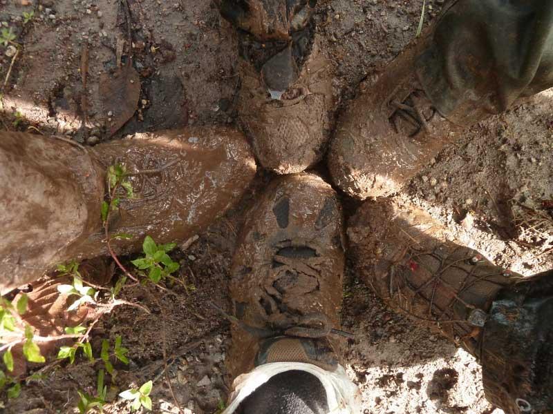 Trekking Lloa-Mindo en Equateur: boue