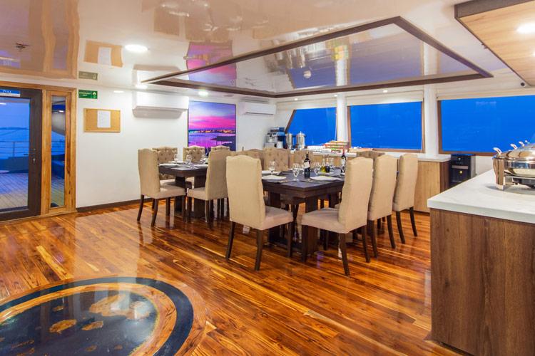 Croisière Cormorant Galapagos, restaurant