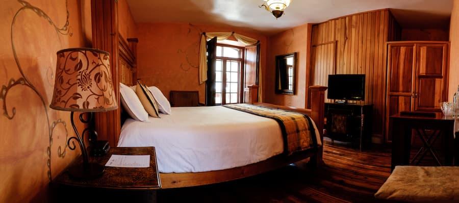 Hôtel Los Balcones, à Cuenca, Equateur, chambre double matrimoniale
