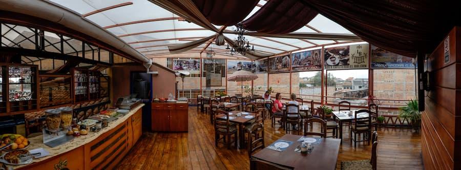 Hôtel Los Balcones, à Cuenca, Equateur, salon petit-déjeuner