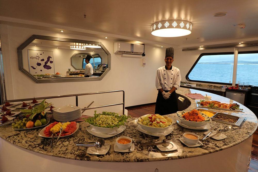 Croisière Camila Galapagos, buffet