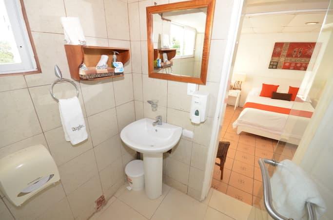 Hôtel Casa Opuntia, Île San Cristobal, Galapagos, Equateur, salle de bain