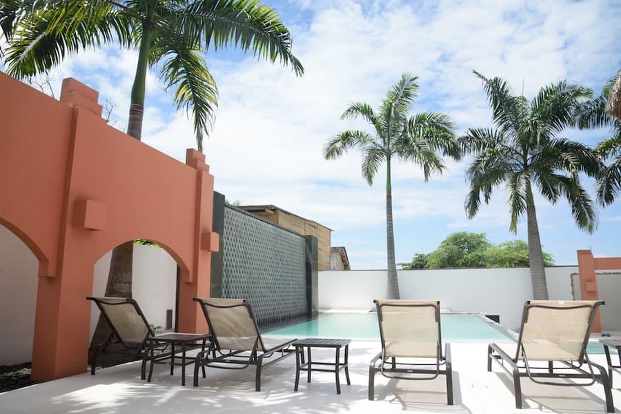 Lodge Nautilus, Puerto Lopez, côte Pacifique d'Equateur, piscine