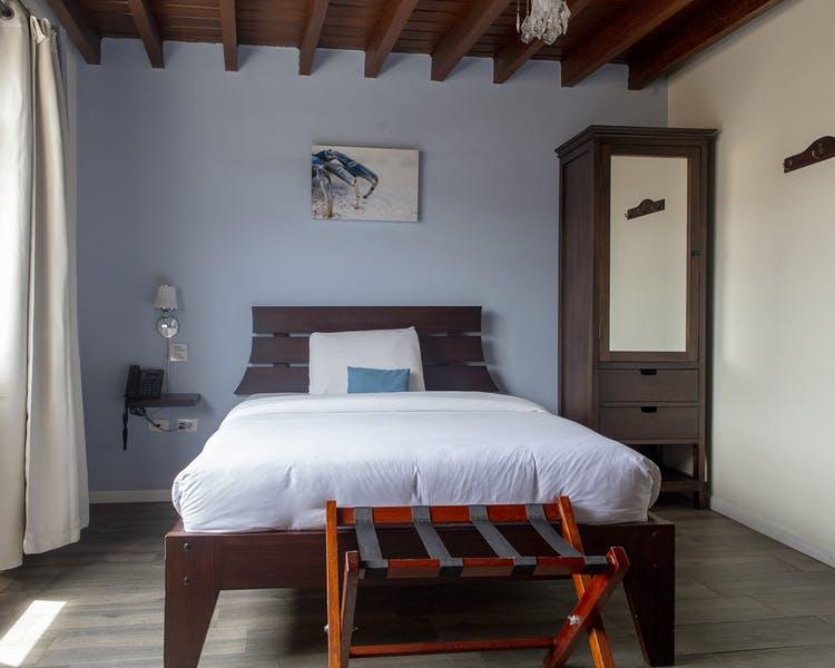 Chambre simple de l'Hôtel Colonial San Agustin à Quito