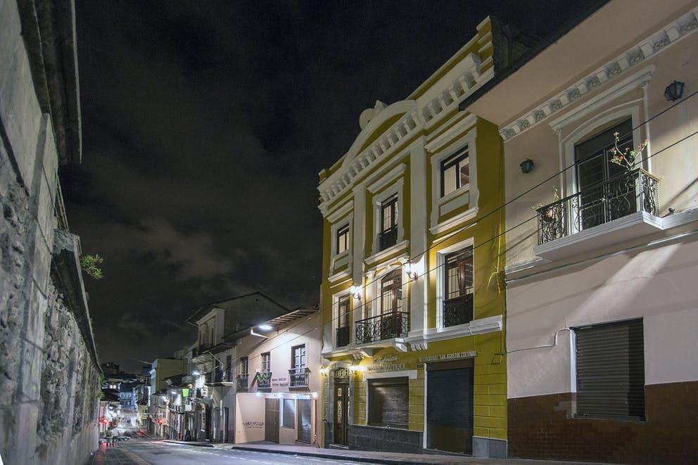 Façade de l'Hôtel Colonial San Agustin à Quito