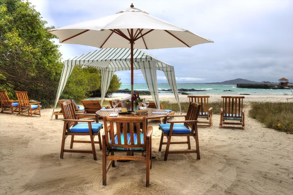 Espace restauration de l'hôtel Isabela Beach House