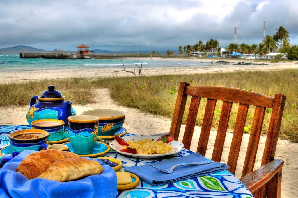 Petit-déjeuner de l'hôtel Isabela Beach House