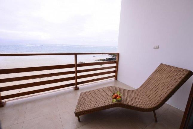Hôtel Cormorant Beach House, sur l'île Isabela, aux Galapagos, Equateur, balcon d'une suite junior