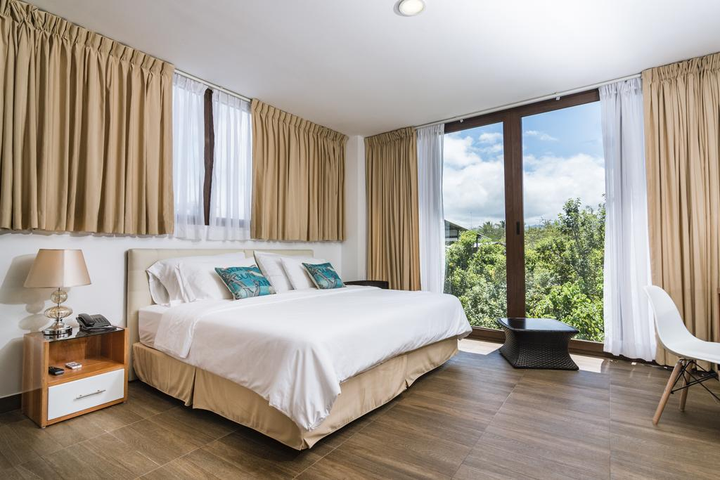 Hôtel La Isla, Galapagos, Île Santa Cruz, Chambre double lit matrimonial