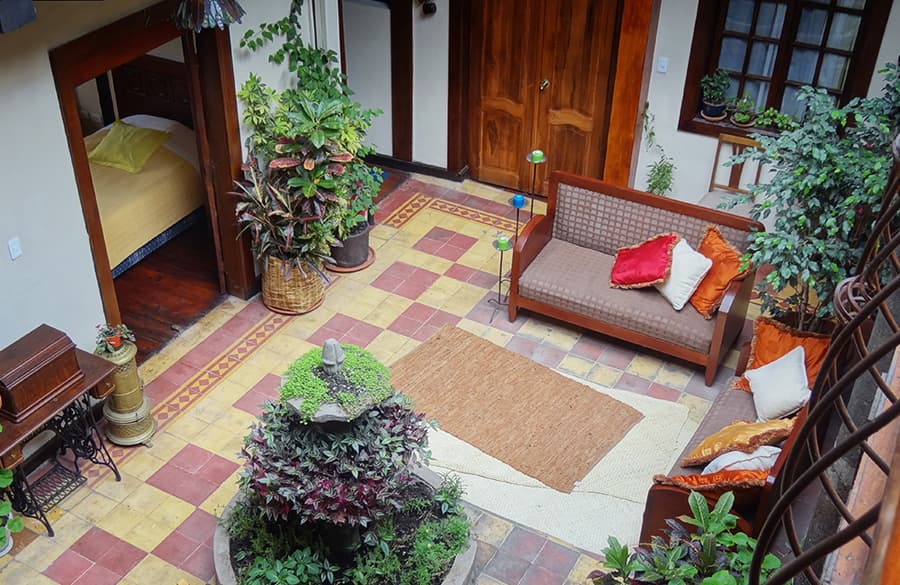 Hôtel Portal de Cantuña à Quito, Equateur, patio principal