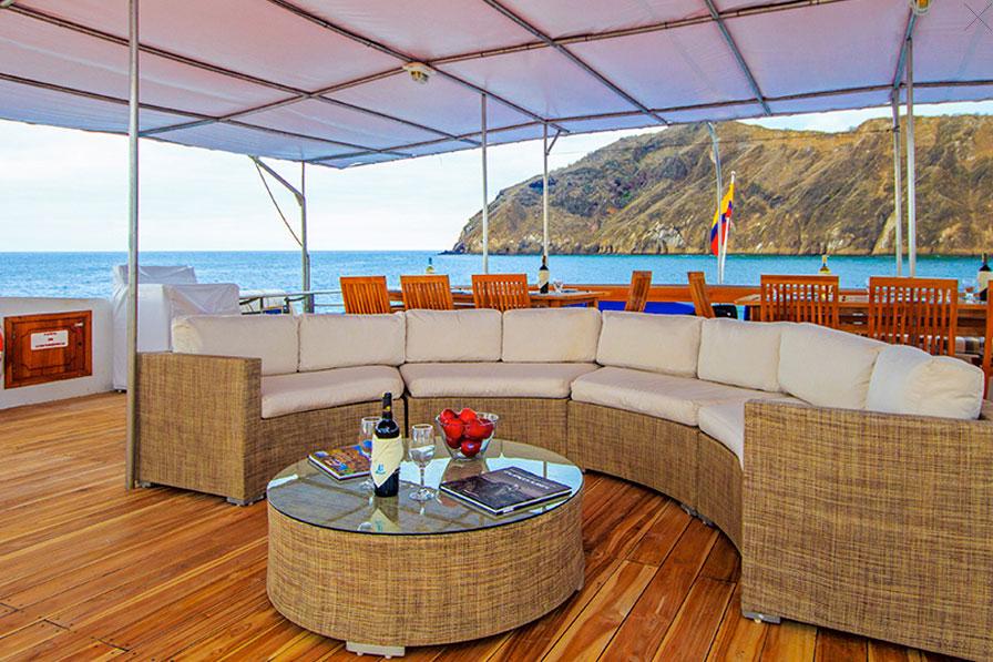 Croisière Archipel I Galapagos, salon extérieur