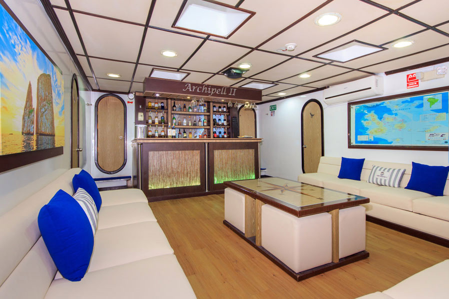 Croisière Archipel II Galapagos, salle TV