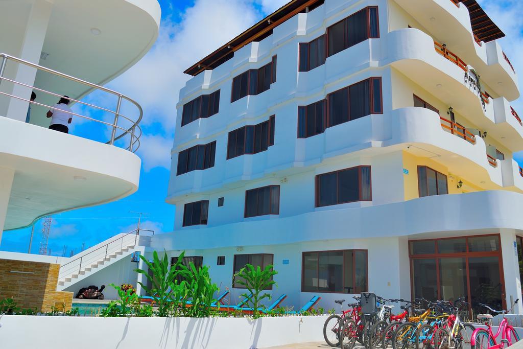 Hôtel Descanso del Guía à l'île Santa Cruz aux Galapagos, façade extérieure