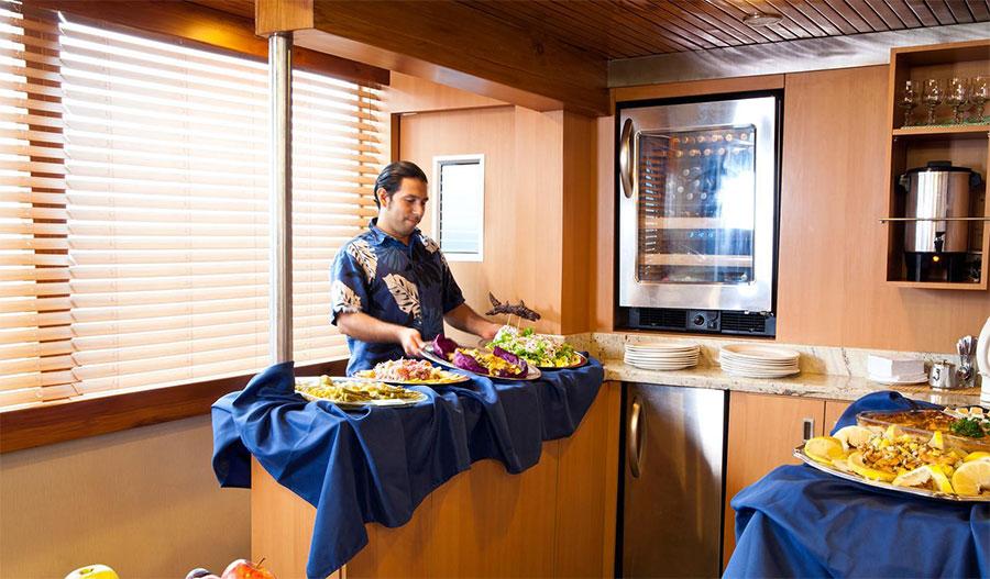 Croisière plongée Galapagos Aggressor, buffet