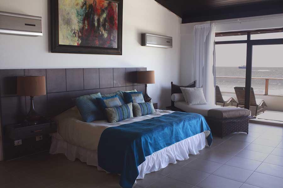 Hôtel Iguana Crossing aux Galapagos: chambre vue mer