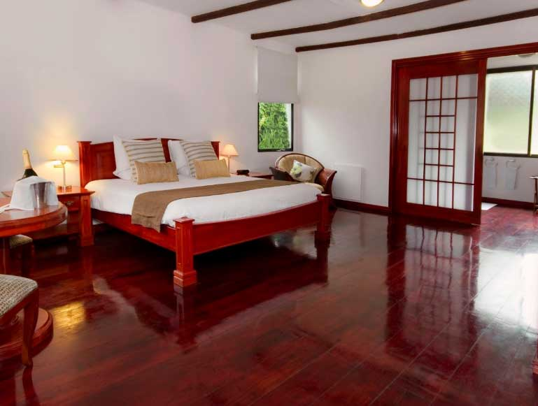 Royal Palm lodge aux Galapagos: casita chambre