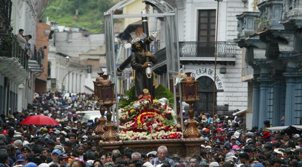 La célébration de la semaine sainte (Semana Santa) en Équateur (crédit photo: El Comercio)