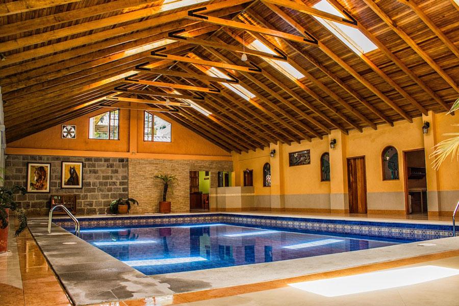 Hacienda Leito, Baños, piscine