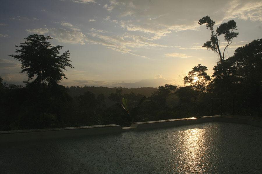 Hamadryade Lodge, Equateur, soleil