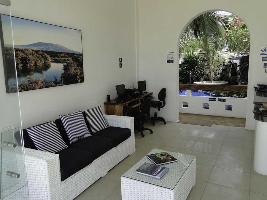 îles Galapagos: hôtel Albemarle, réception