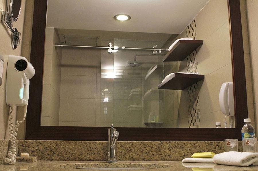 Hôtel Continental, Guayaquil, salle de bain