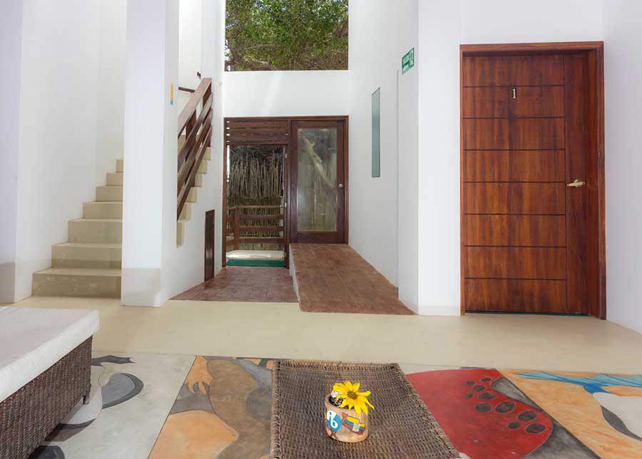 Hôtel Cormorant Beach House, îles Galapagos, entrée