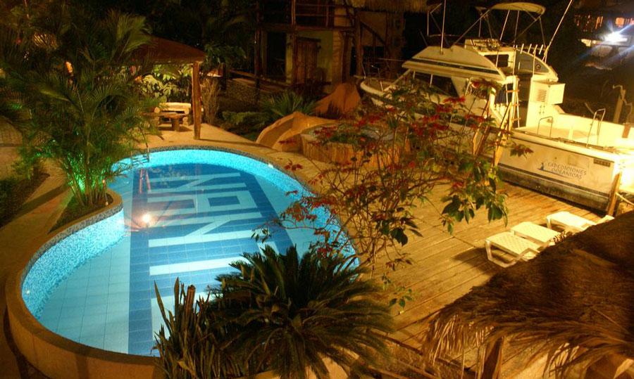 Hôtel Nantu, Puerto Lopez, piscine